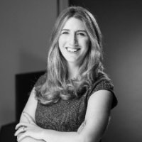 Julia Stiglitz Photo