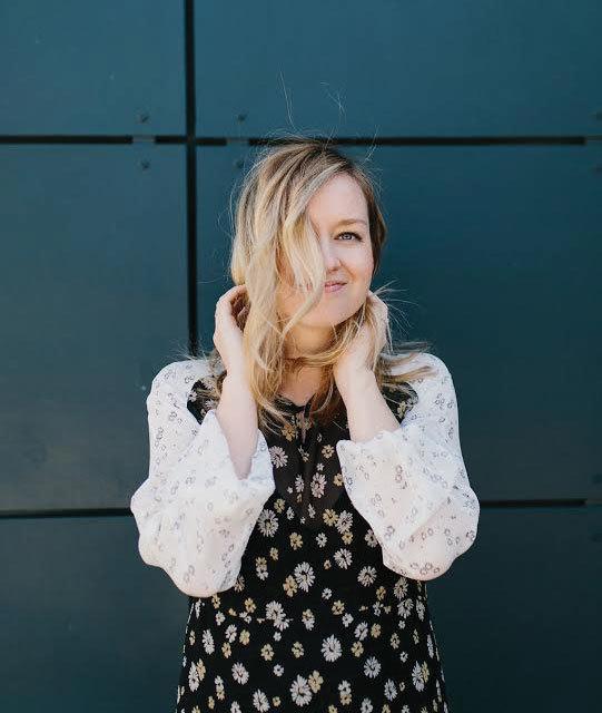 Jen Pinkston Photo